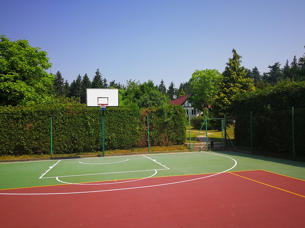 Tennisa.jpg