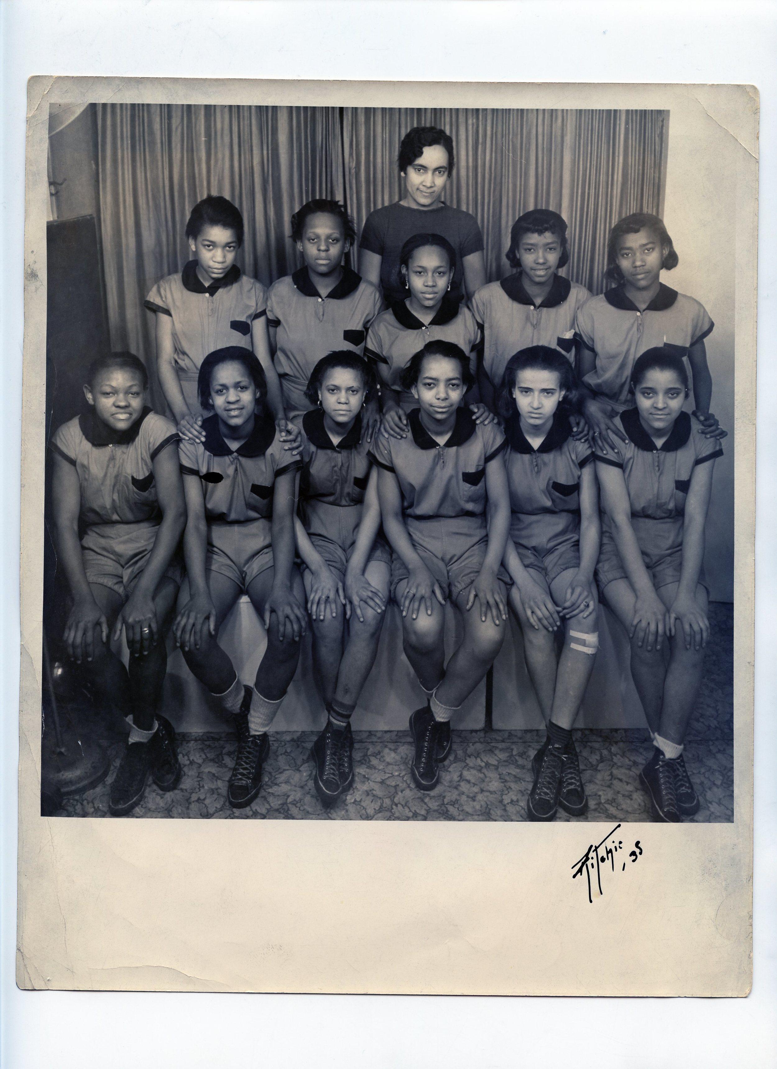 1935 Girls Basketball Team009.jpg