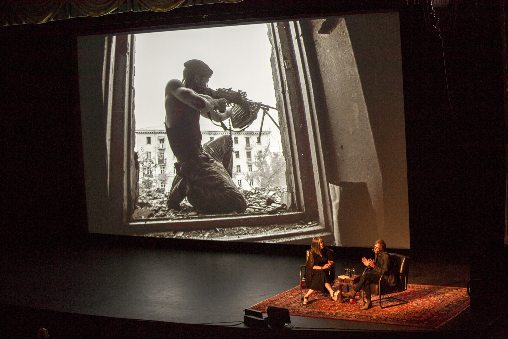 Christopher Morris in conversation with MaryAnne Golon at the Paramount Theater. Photo © Jon Golden