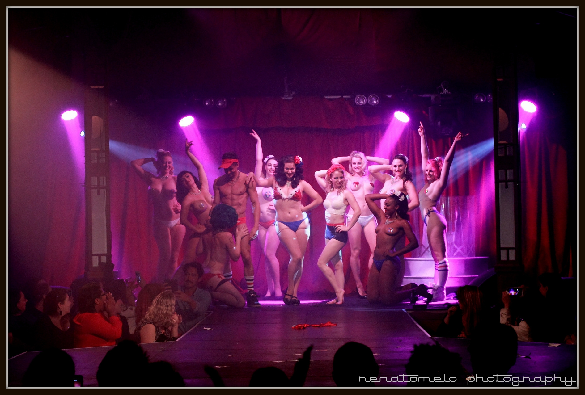 House of Burlesque Straight Up by Renato Melo