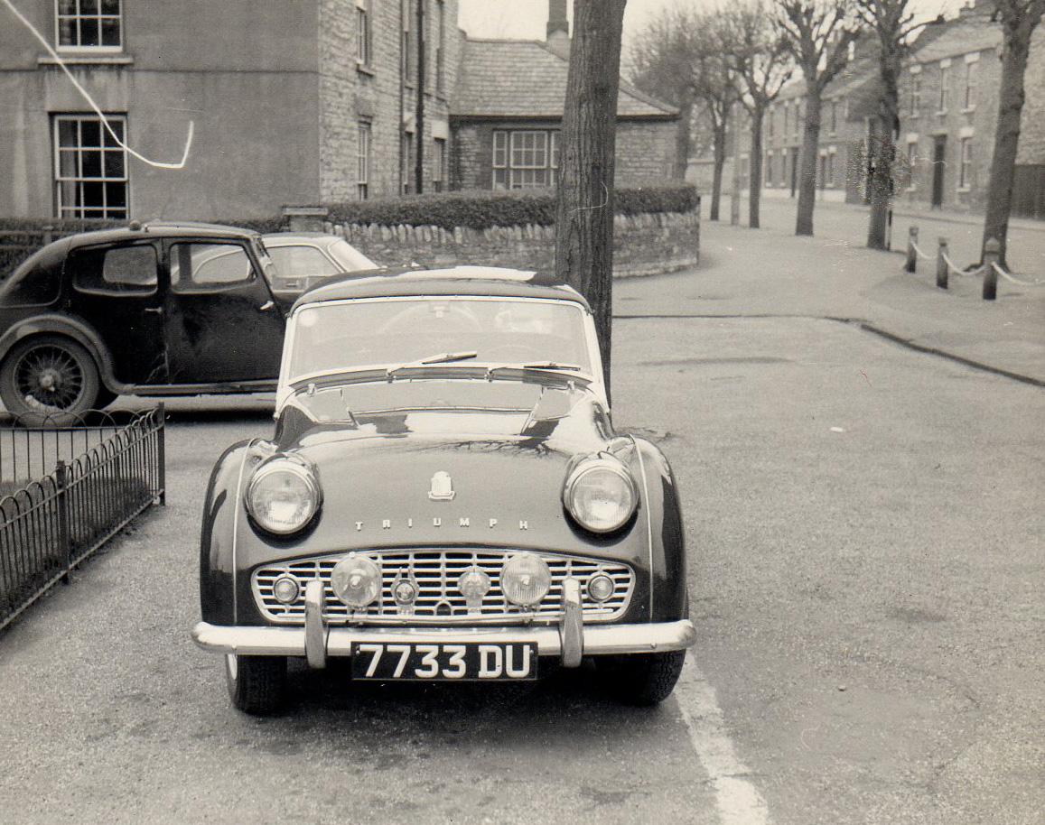 1961-Triumph-TR3A-2.jpg