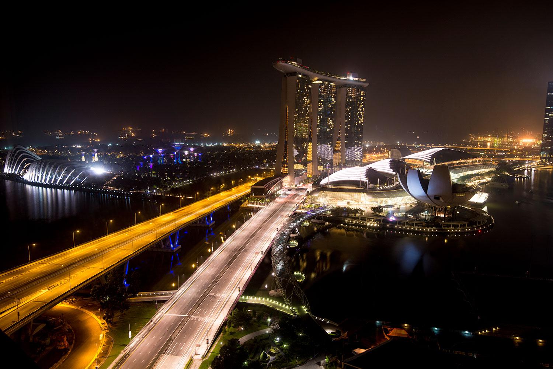 View-from-Ritz-Carlton-Singapore-(2).jpg