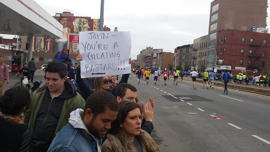 Funny Race Day Spectator Signs That Will Make You LOL