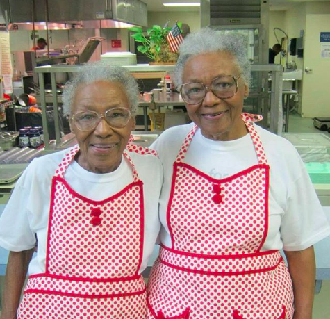 Ellen and Helen of The Love Kitchen. This picture was taken from their website:  https://www.thelovekitchen.org/