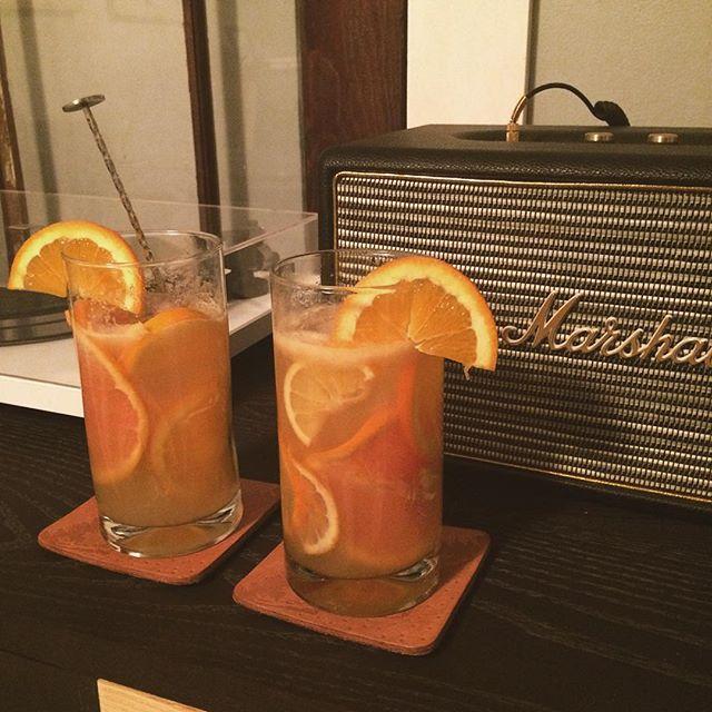 Ultimate in 🍊 citrus🍋Fresh orange, lemon, grapefruit, & mandarin orange juice, @hendricksgin, mandarin @polarseltzer and agave syrup. 🍹