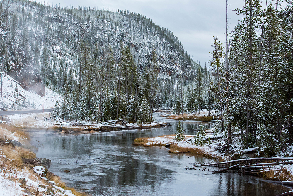 Bielawski_Winter_Wonderland_Yellowstone_web.jpg