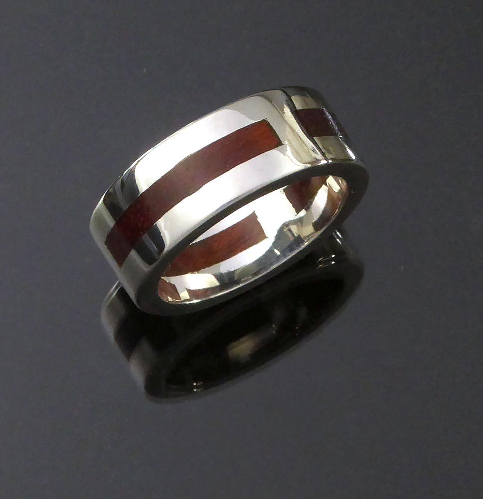 Runtenelli_Brazilian blood wood inlay in sterling silver band 2_web.jpg