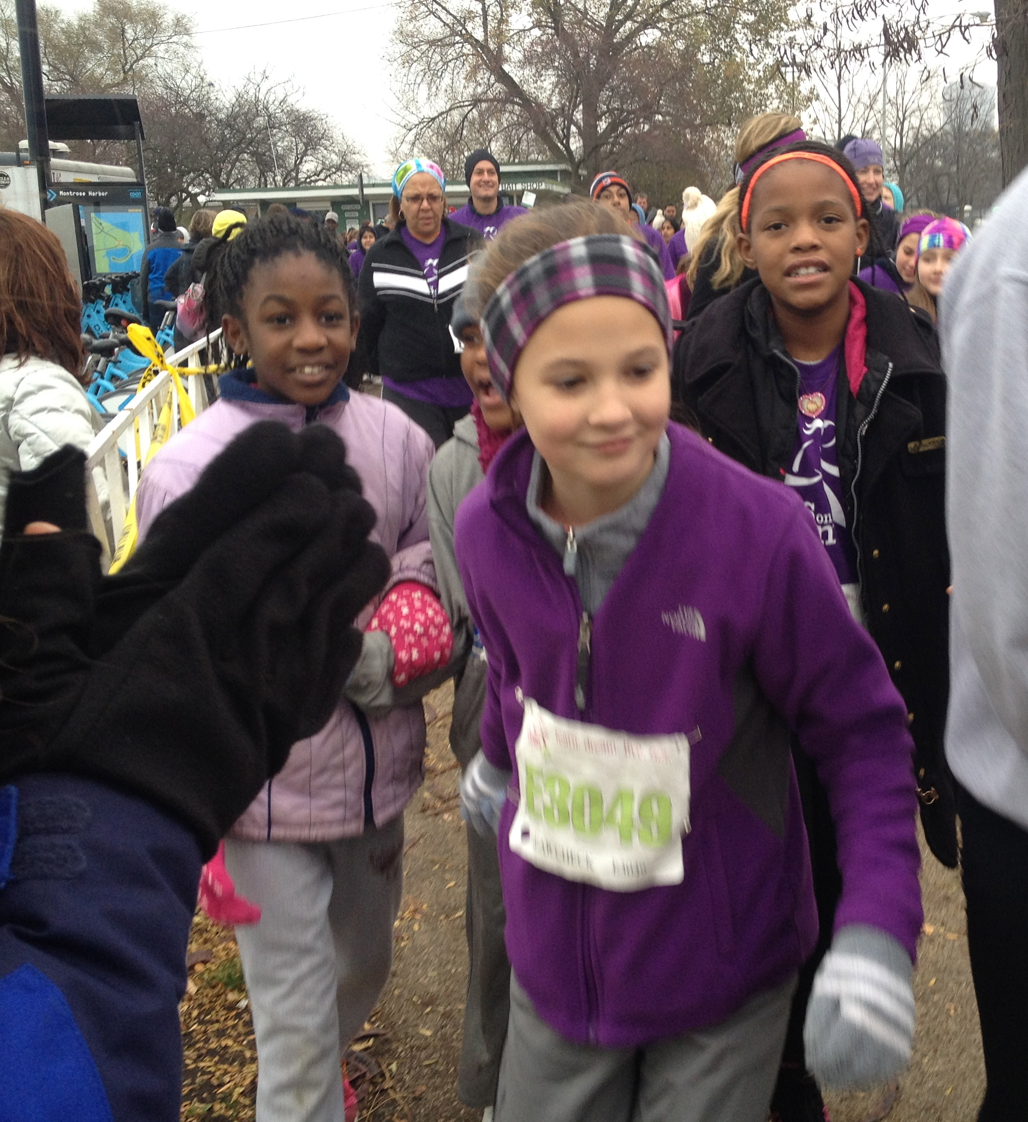 Girls vie for the perfect starting position before the Fall GOTR 5k