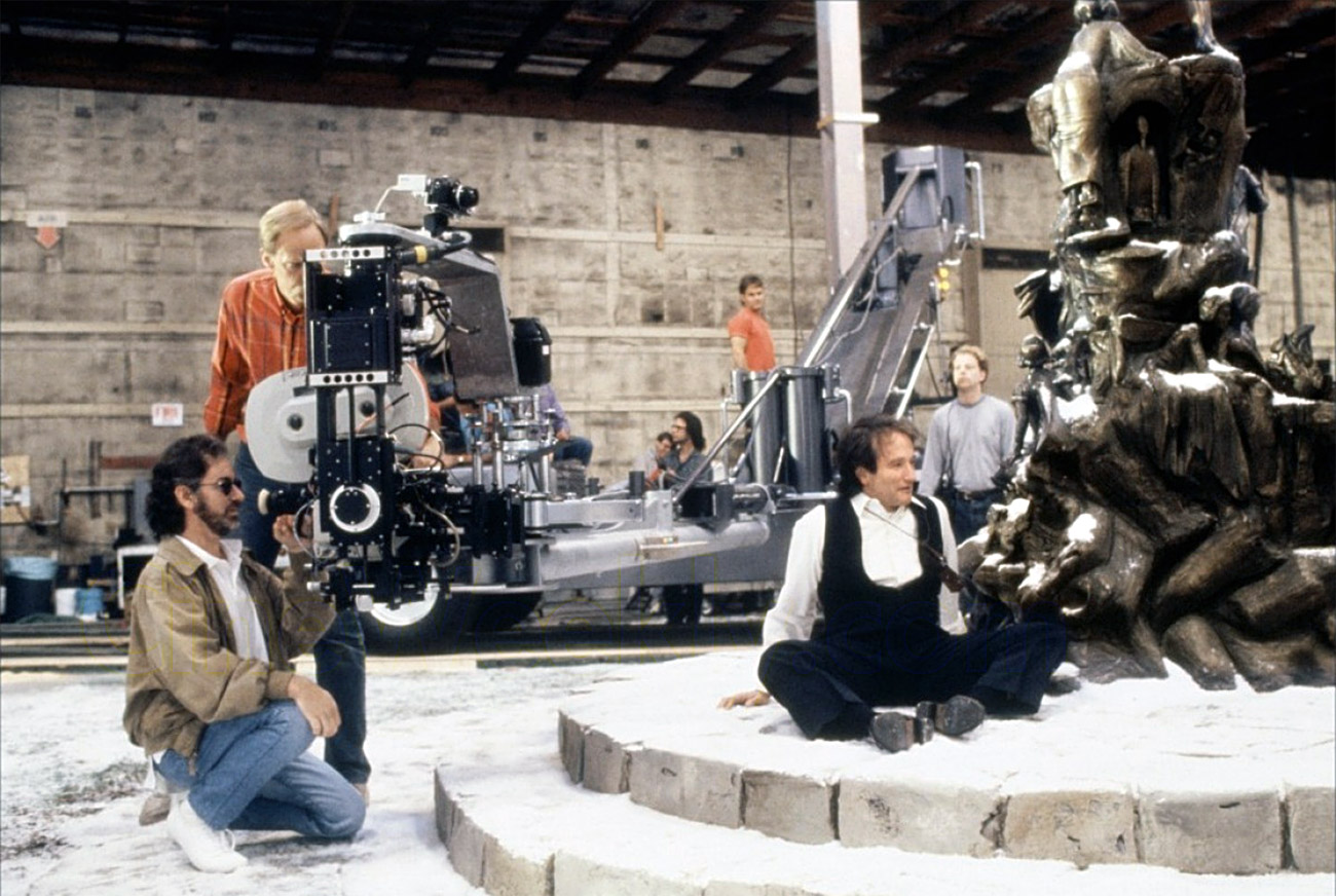 Spielberg and Robin Williams on the set of Hook.