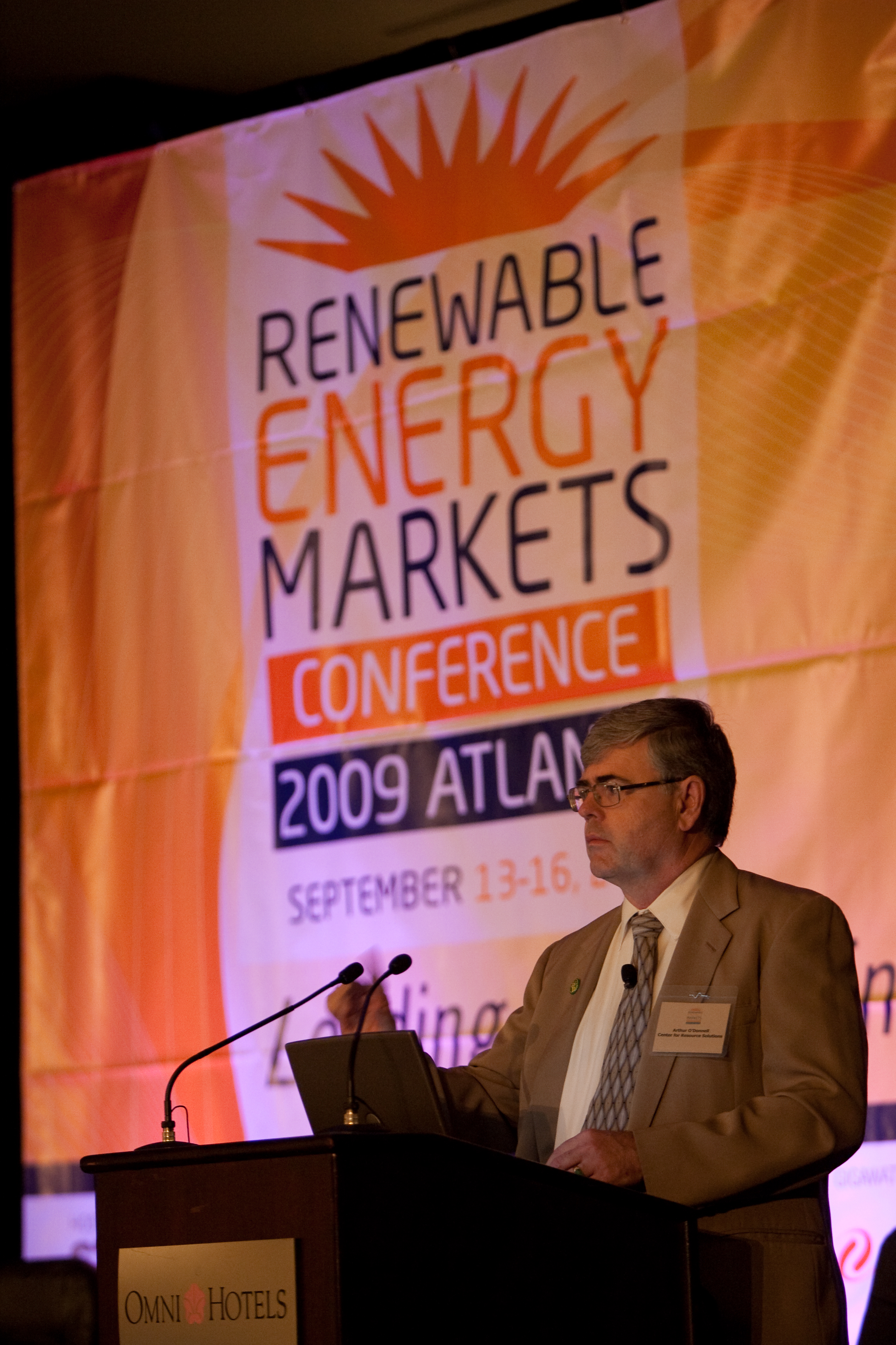 2090914renewableenergy0034.jpg