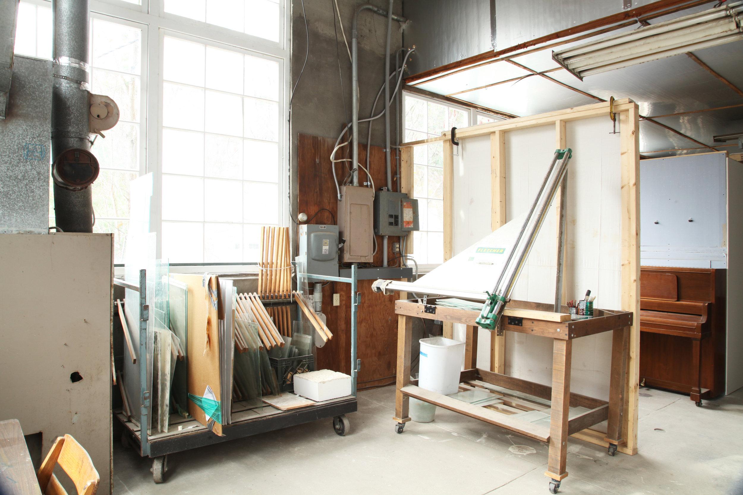 mill_glasscutter.jpg
