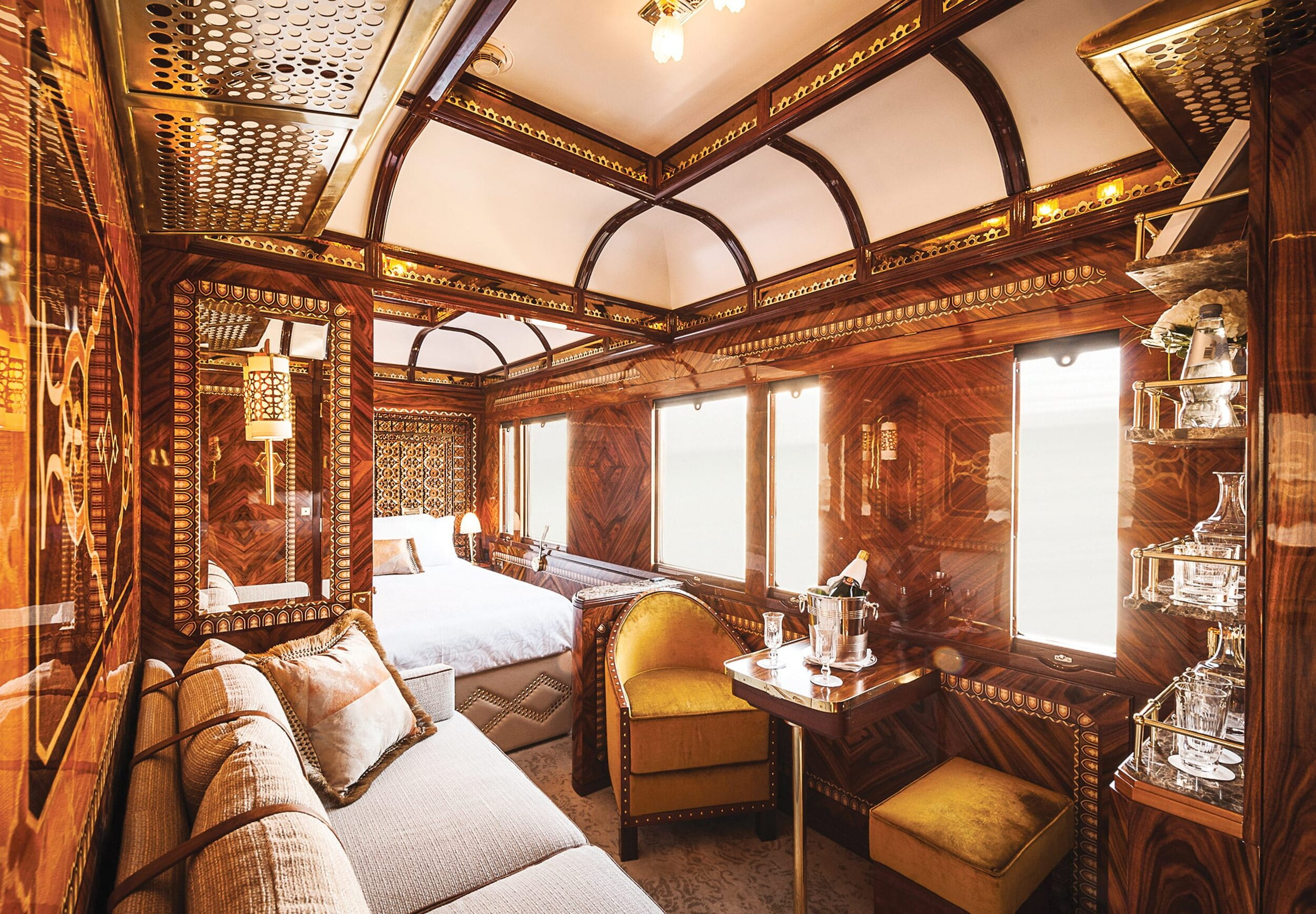 vso-acc-cabin-suite-istanbul02_2580x1792.jpg