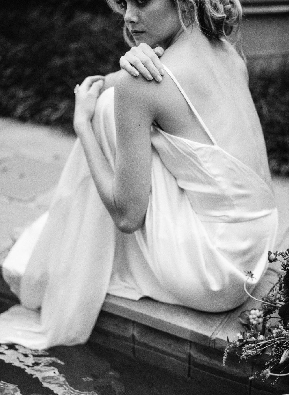 Black and White Bridal Inspiration | cottagehillmag.com