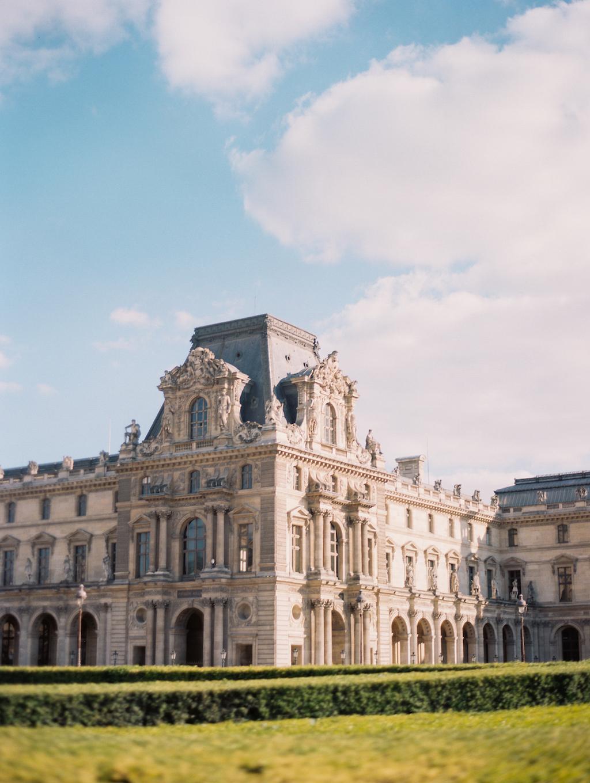 Kristin-La-Voie-Photography-Paris-Honeymoon-6.jpg
