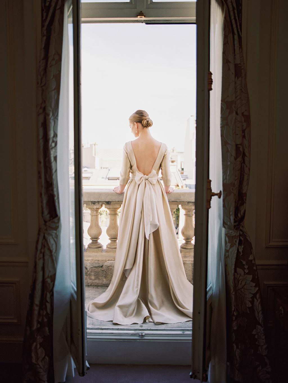 Kristin-La-Voie-Photography-Paris-Honeymoon-11.jpg