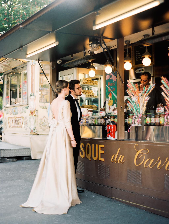 Kristin-La-Voie-Photography-Paris-Honeymoon-14.jpg