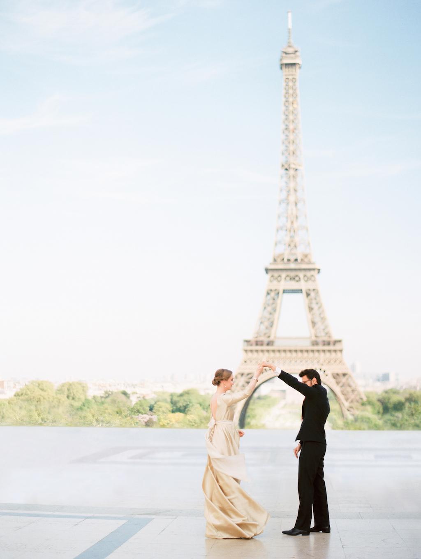 Kristin-La-Voie-Photography-Paris-Honeymoon-85.jpg