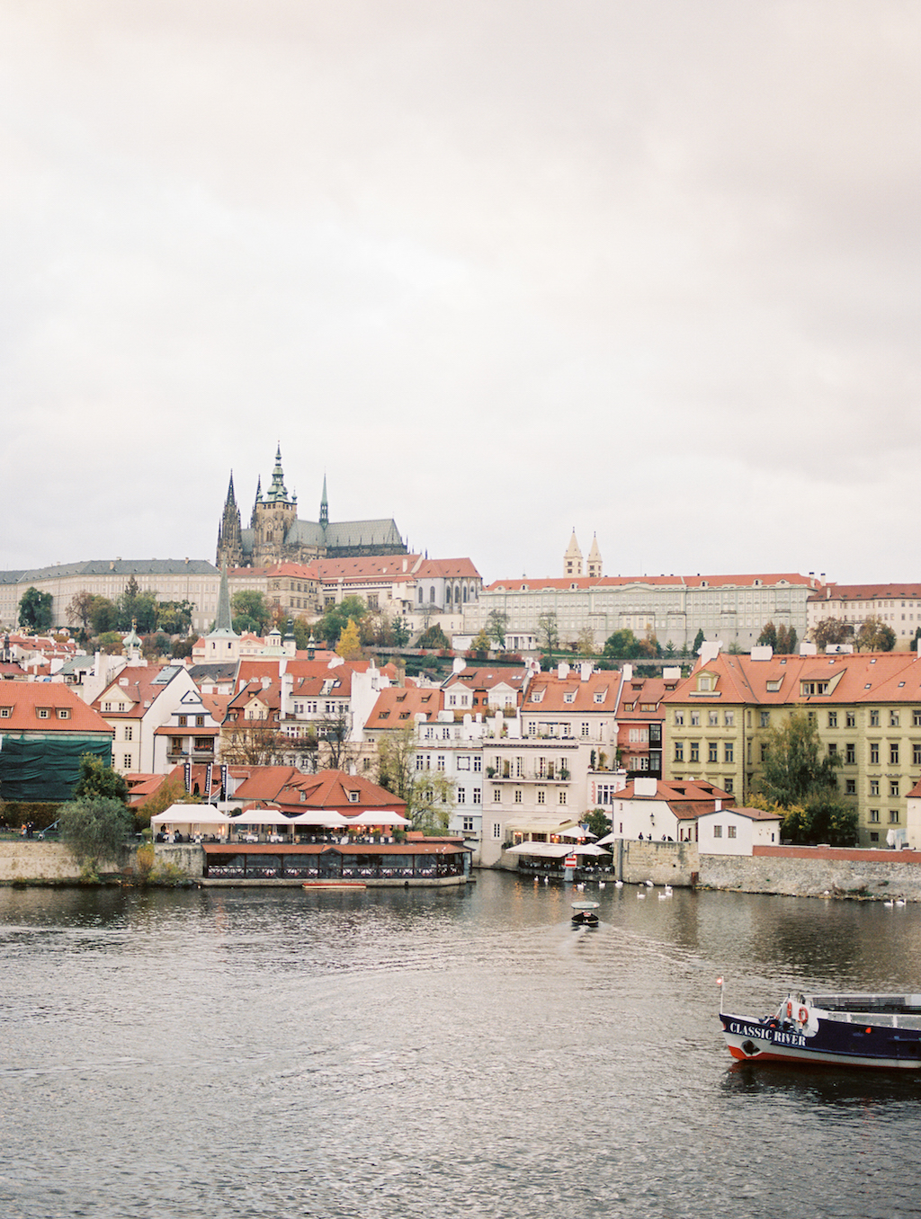 Guide to Prague Cottage Hill_148.jpg