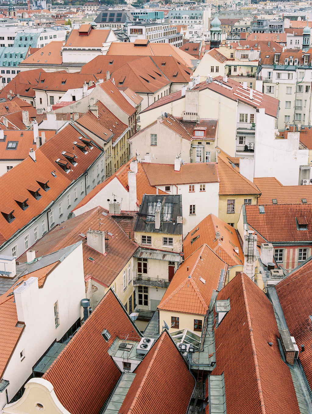 Guide to Prague Cottage Hill_174.jpg