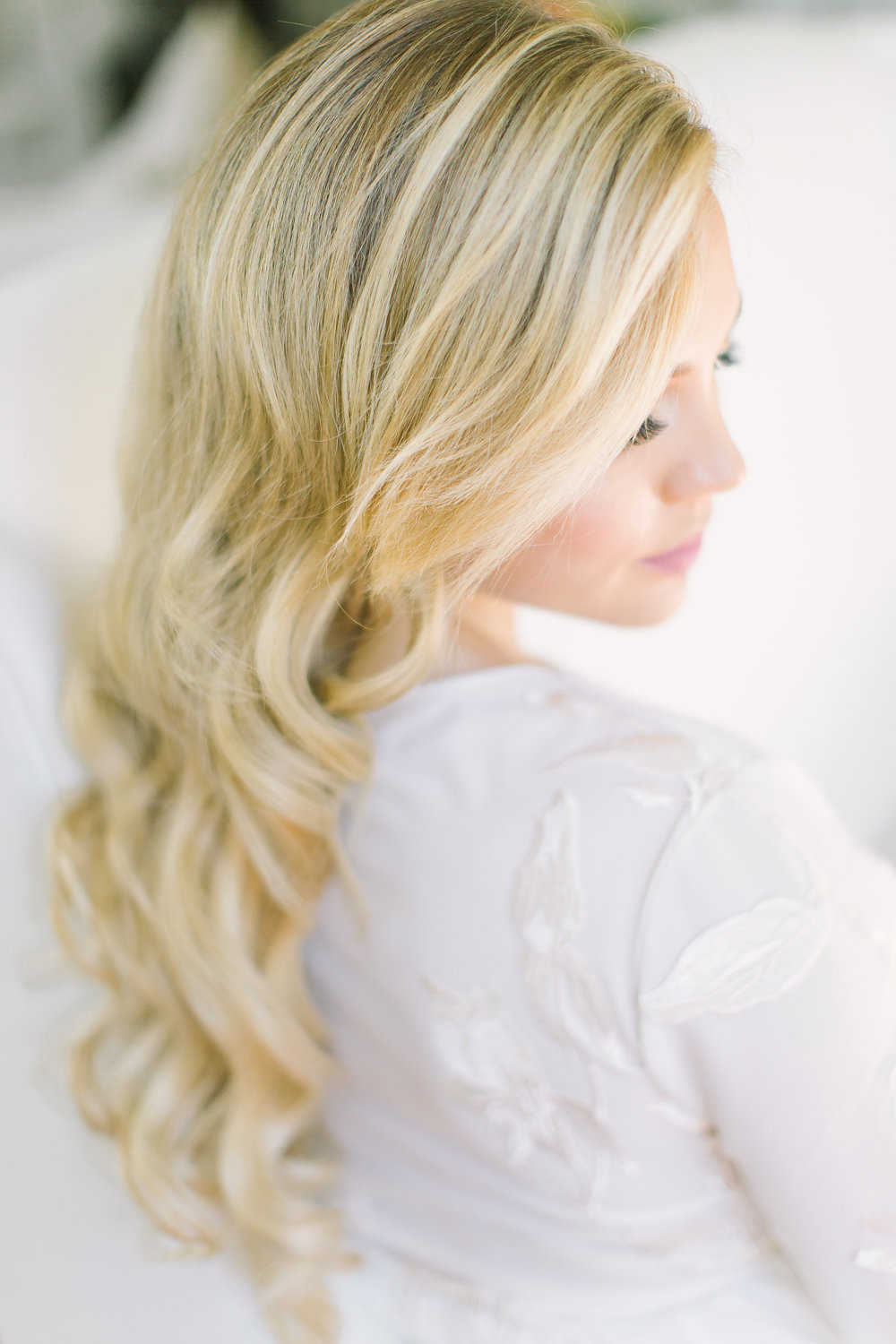 How to Look Elegant in Your Maternity Photos now on Cottage Hill cottagehill.co5.jpg