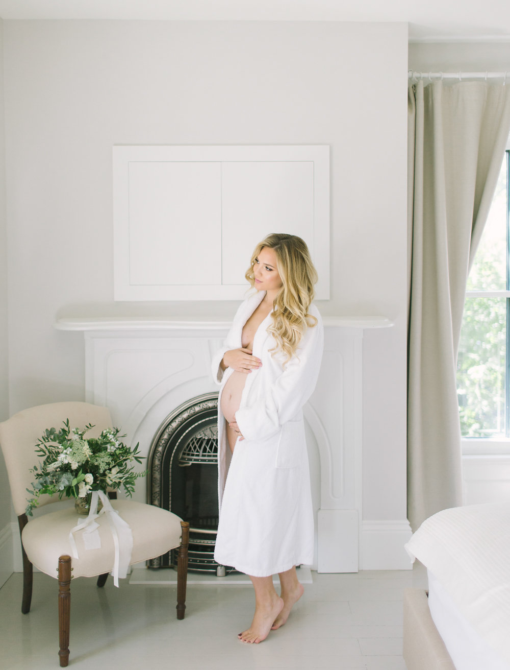 How to Look Elegant in Your Maternity Photos now on Cottage Hill cottagehill.co22.jpg
