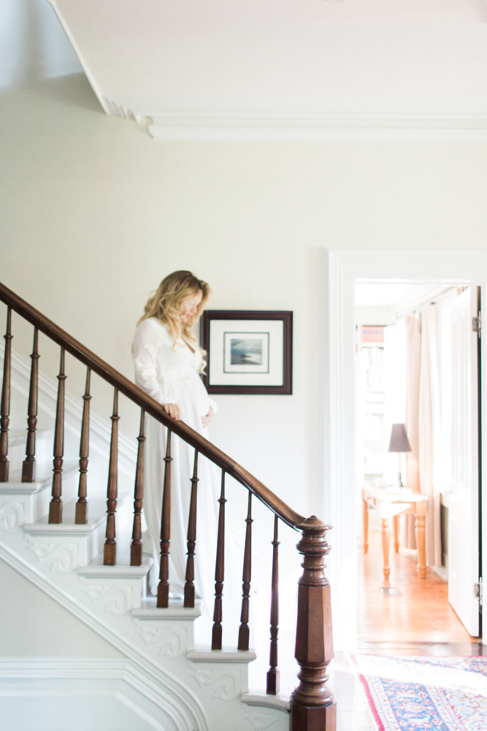 How to Look Elegant in Your Maternity Photos now on Cottage Hill cottagehill.co10.jpg