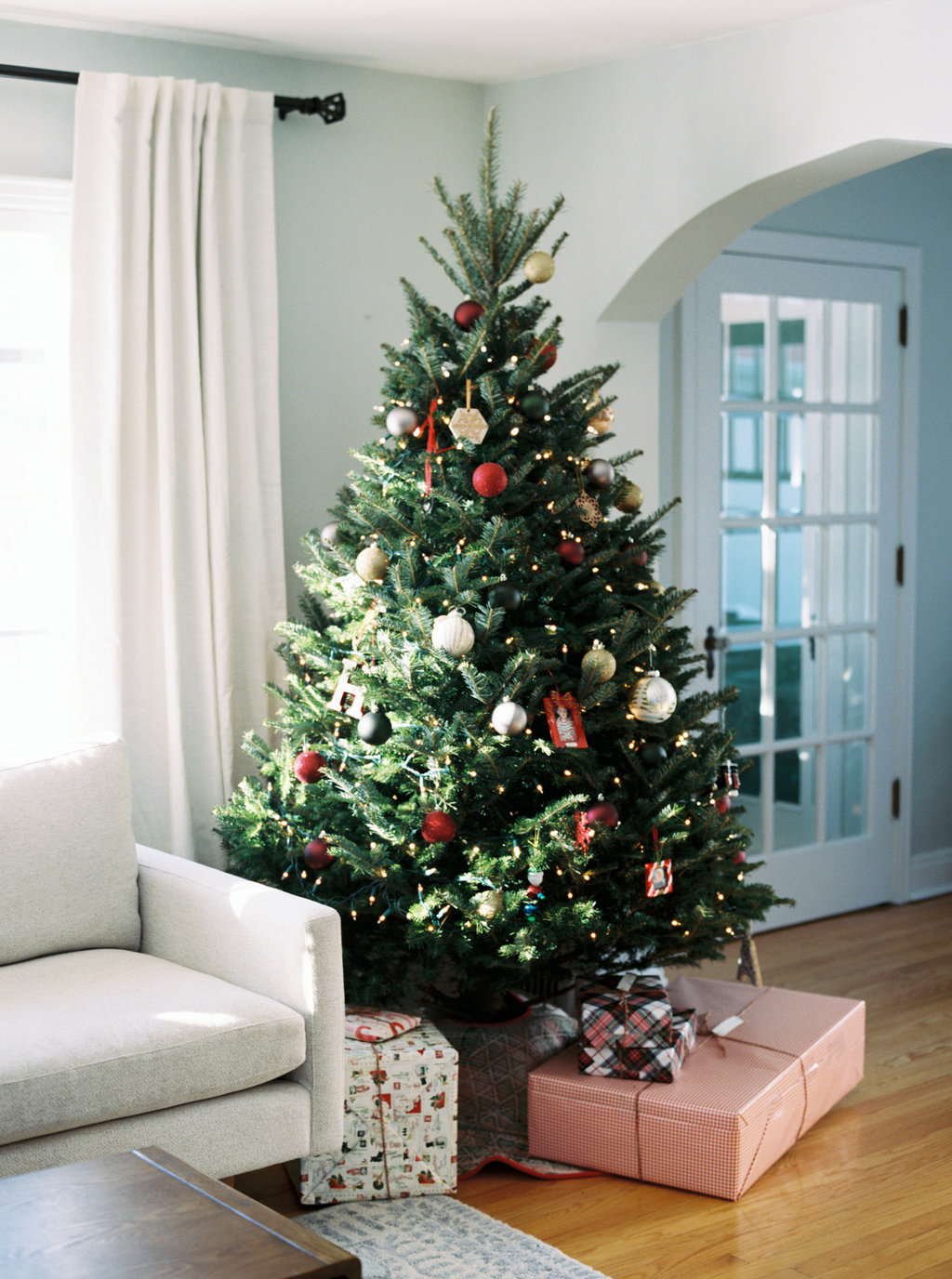© Cottage Hill, LLC | Holiday Party Inspiration | cottagehill.co23.jpg