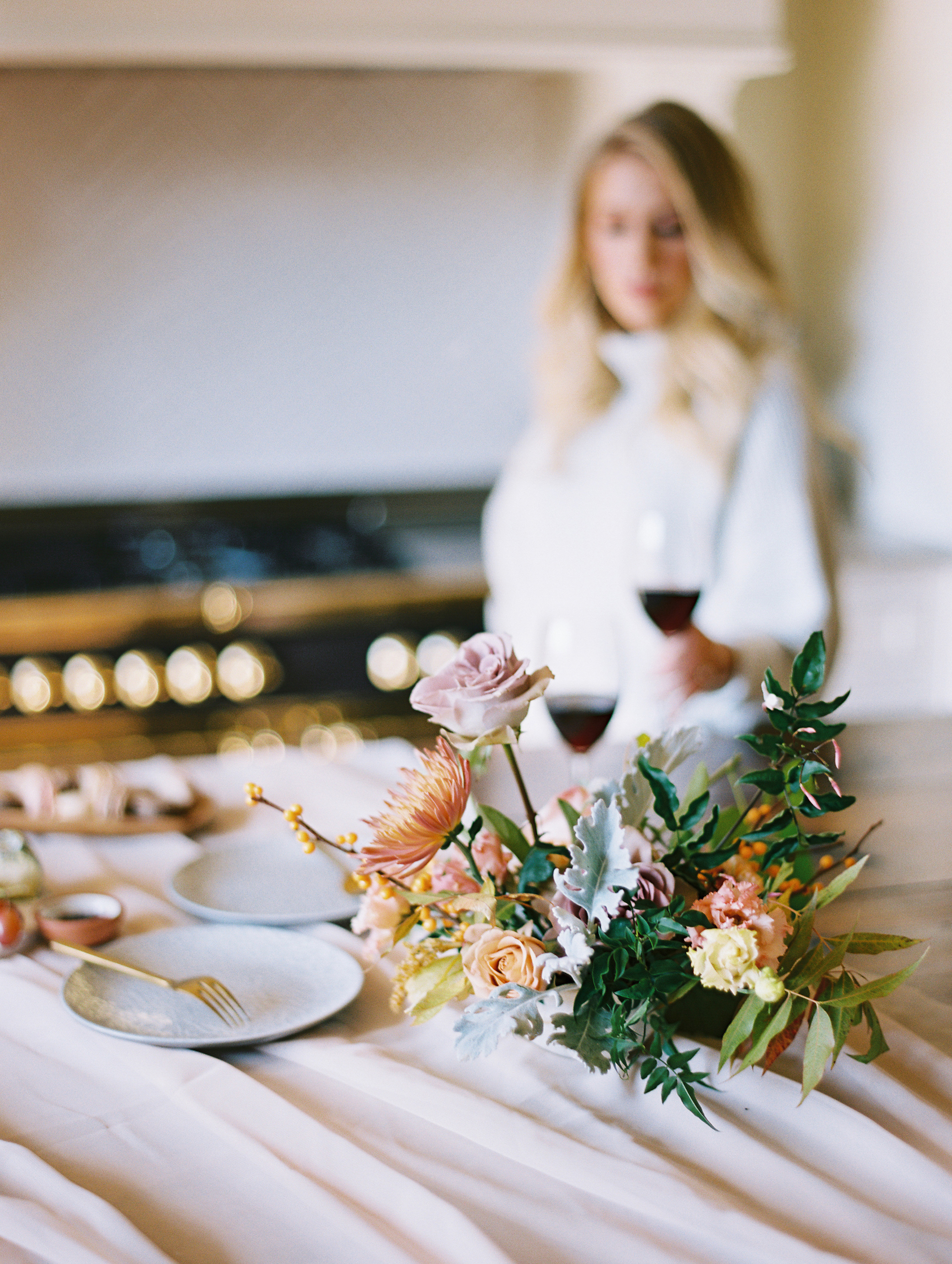 © Cottage Hill, LLC | Cozy Farmhouse Engagement | cottagehill.co11.jpg