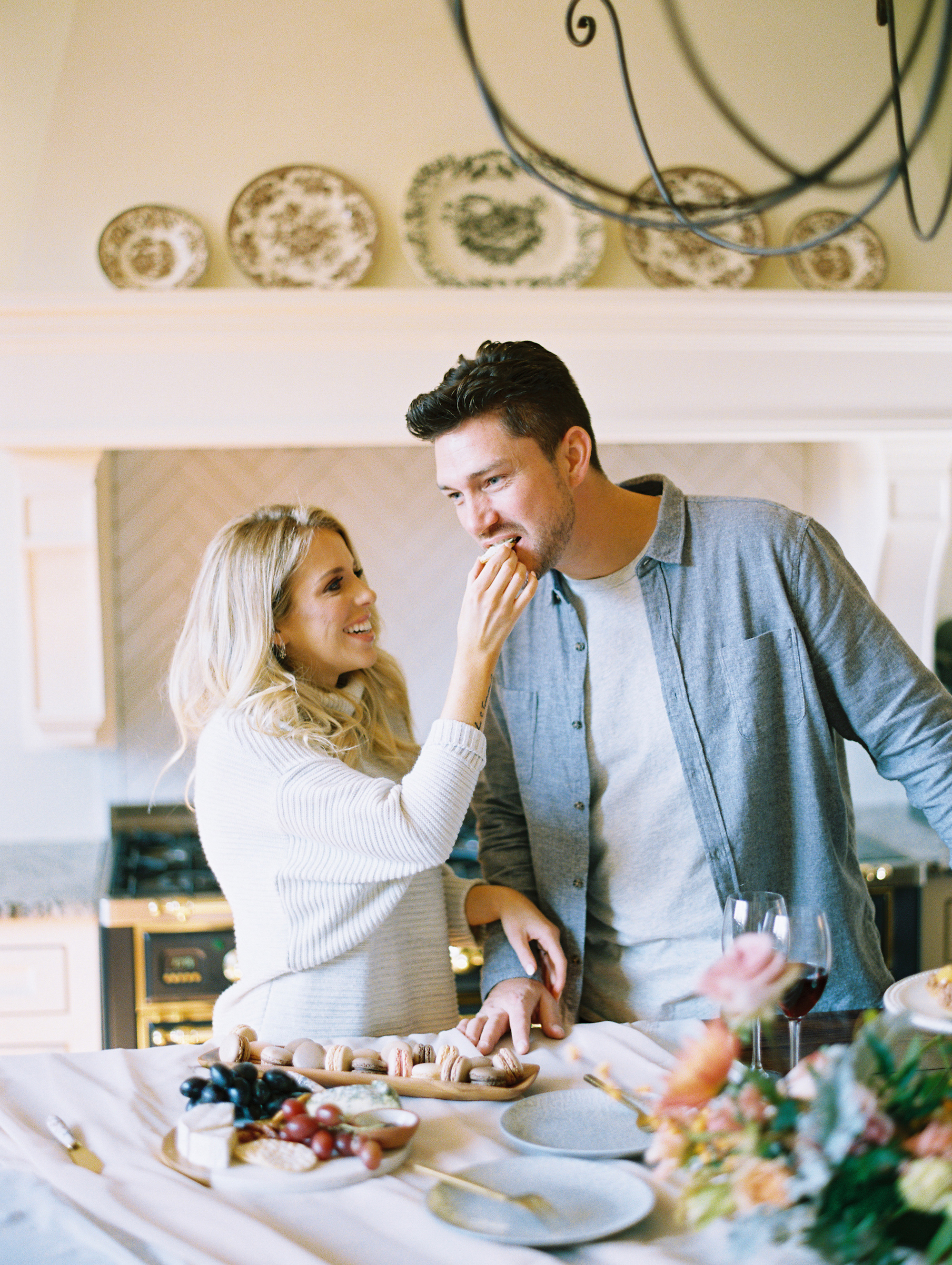 © Cottage Hill, LLC | Cozy Farmhouse Engagement | cottagehill.co14.jpg