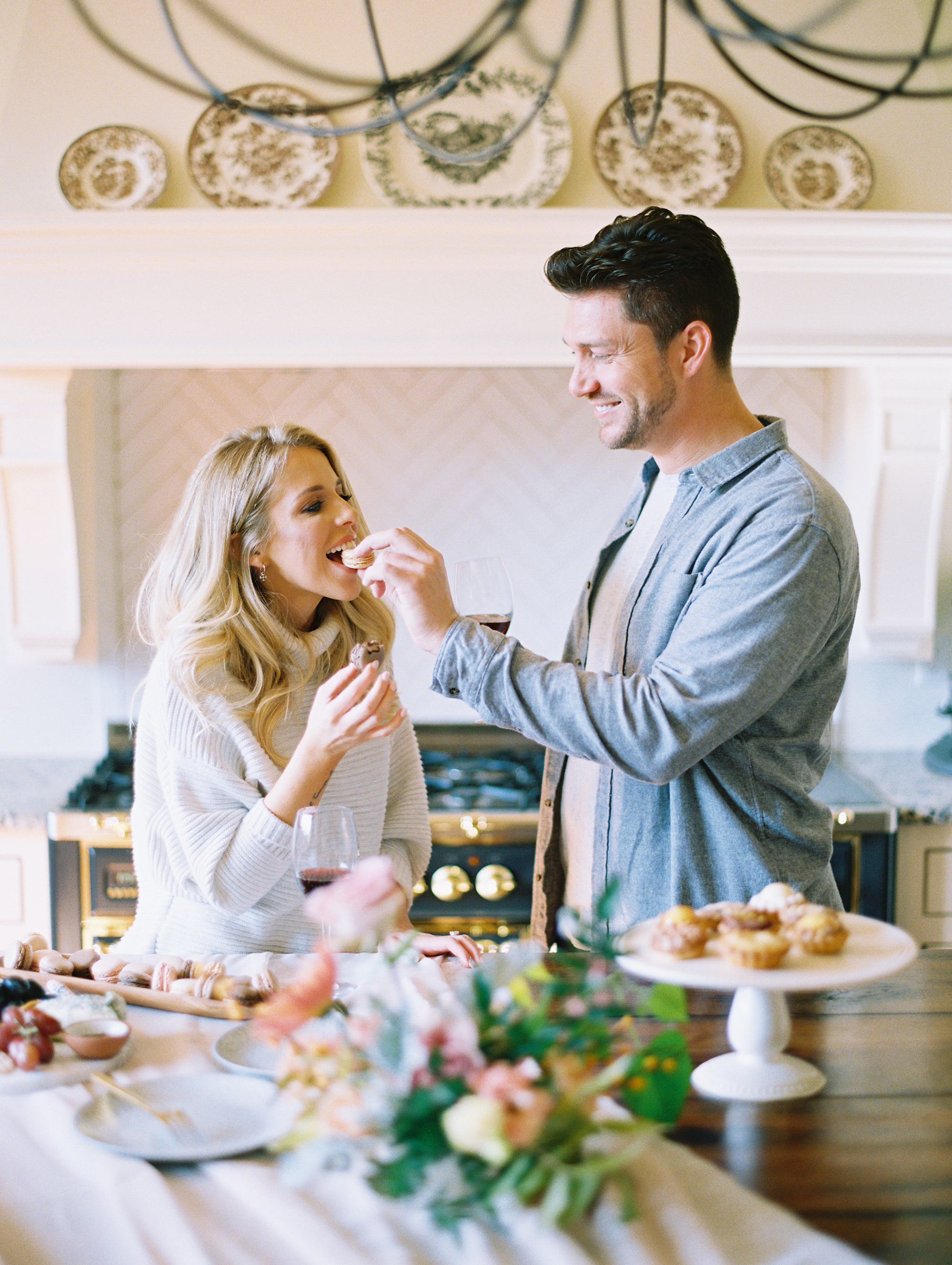 © Cottage Hill, LLC | Cozy Farmhouse Engagement | cottagehill.co16.jpg