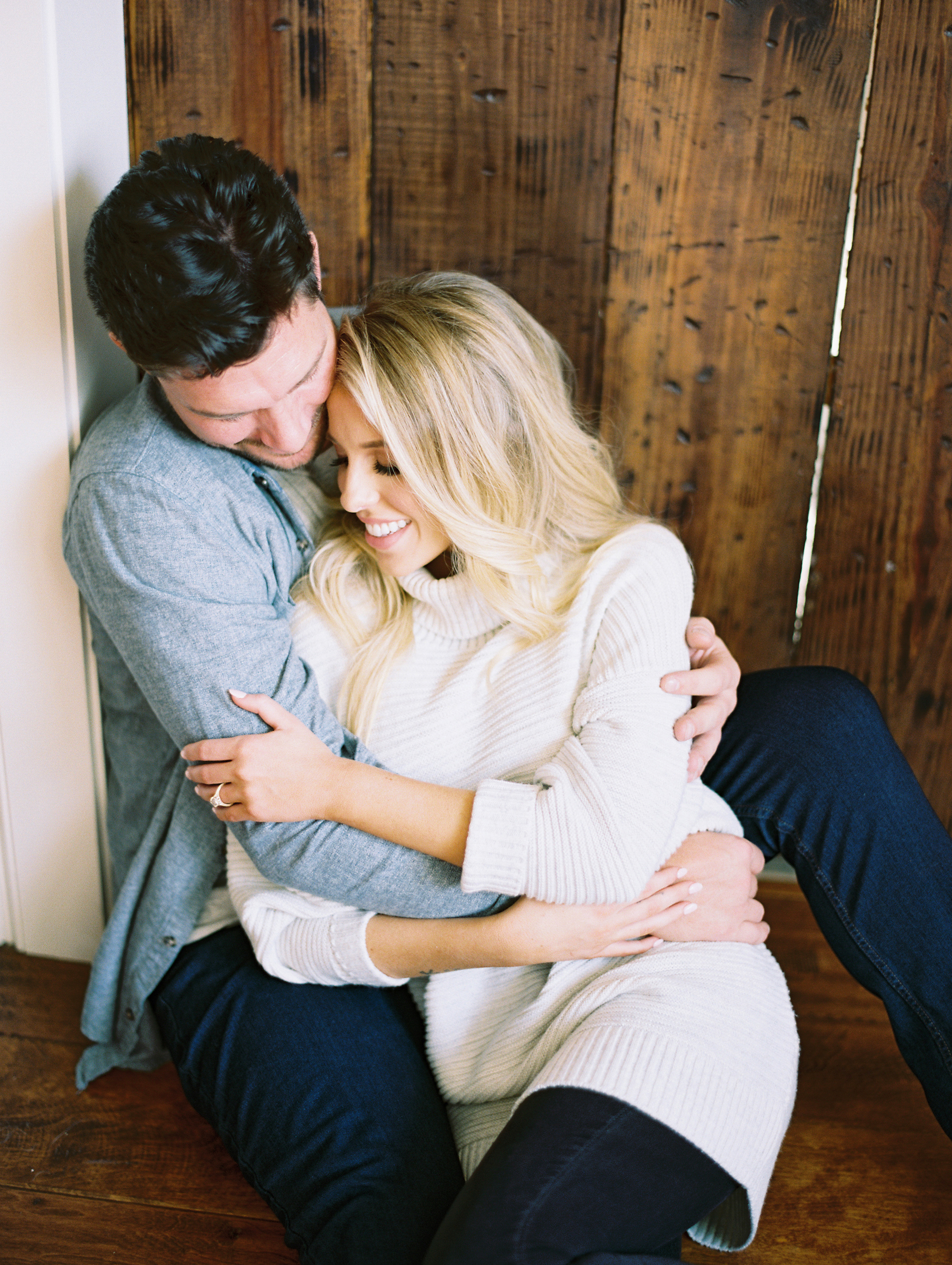 © Cottage Hill, LLC | Cozy Farmhouse Engagement | cottagehill.co27.jpg