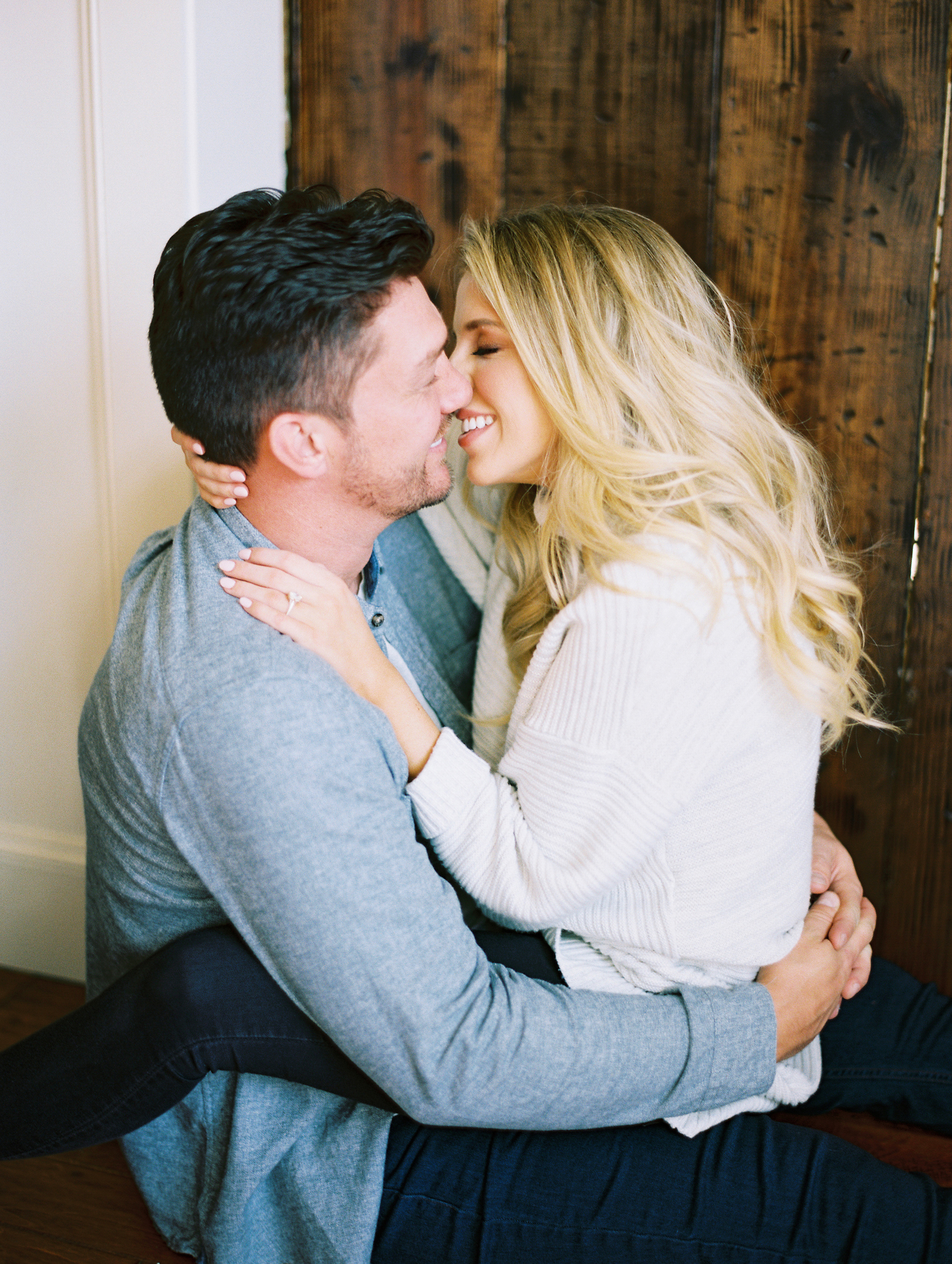 © Cottage Hill, LLC | Cozy Farmhouse Engagement | cottagehill.co28.jpg