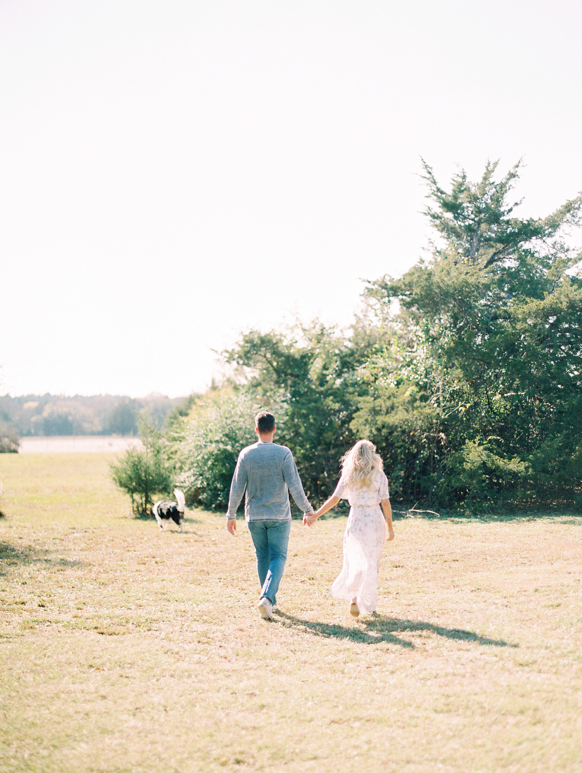 © Cottage Hill, LLC | Cozy Farmhouse Engagement | cottagehill.co34.jpg