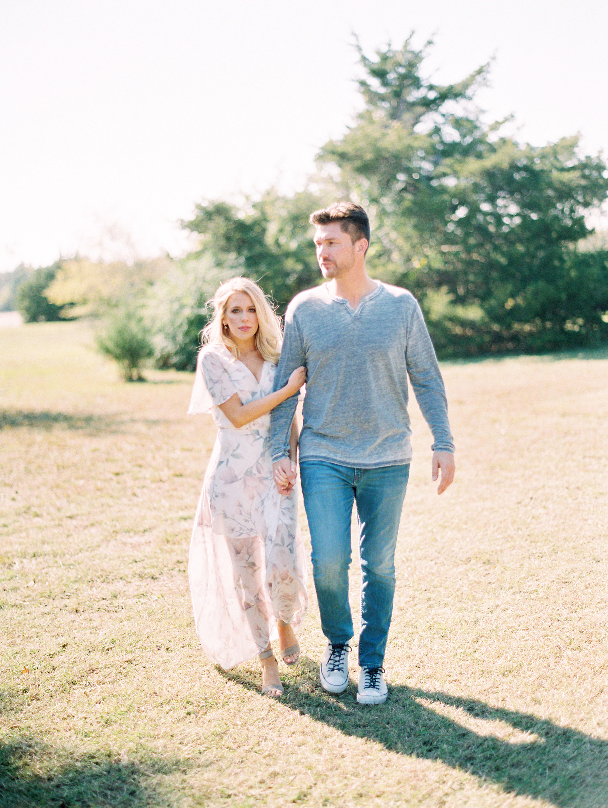 © Cottage Hill, LLC | Cozy Farmhouse Engagement | cottagehill.co35.jpg