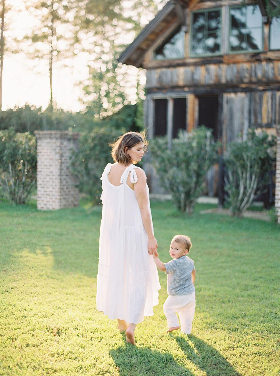 © Cottage Hill, LLC | cottagehill.co | Motherhood Organic Farm Estate6.jpg