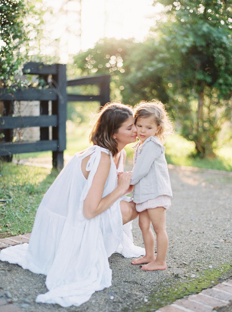 © Cottage Hill, LLC | cottagehill.co | Motherhood Organic Farm Estate7.jpg