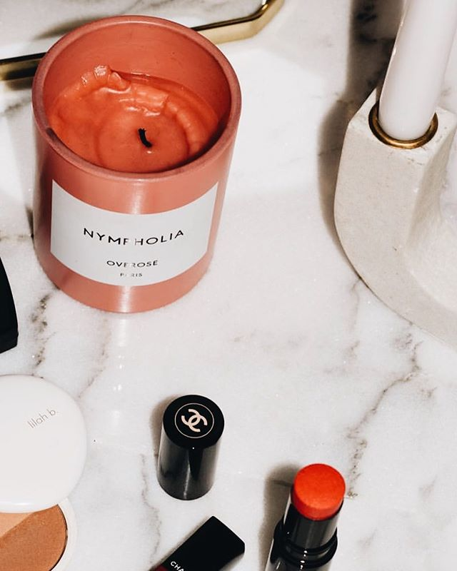 Overose Nympholia is a musky Patchouli scented candle with a concentration of woody, earthy and amber notes. It's a primordial sensory experience of the erotic essence of nature and the bohemian attraction. [photo by @cakedtothenines]