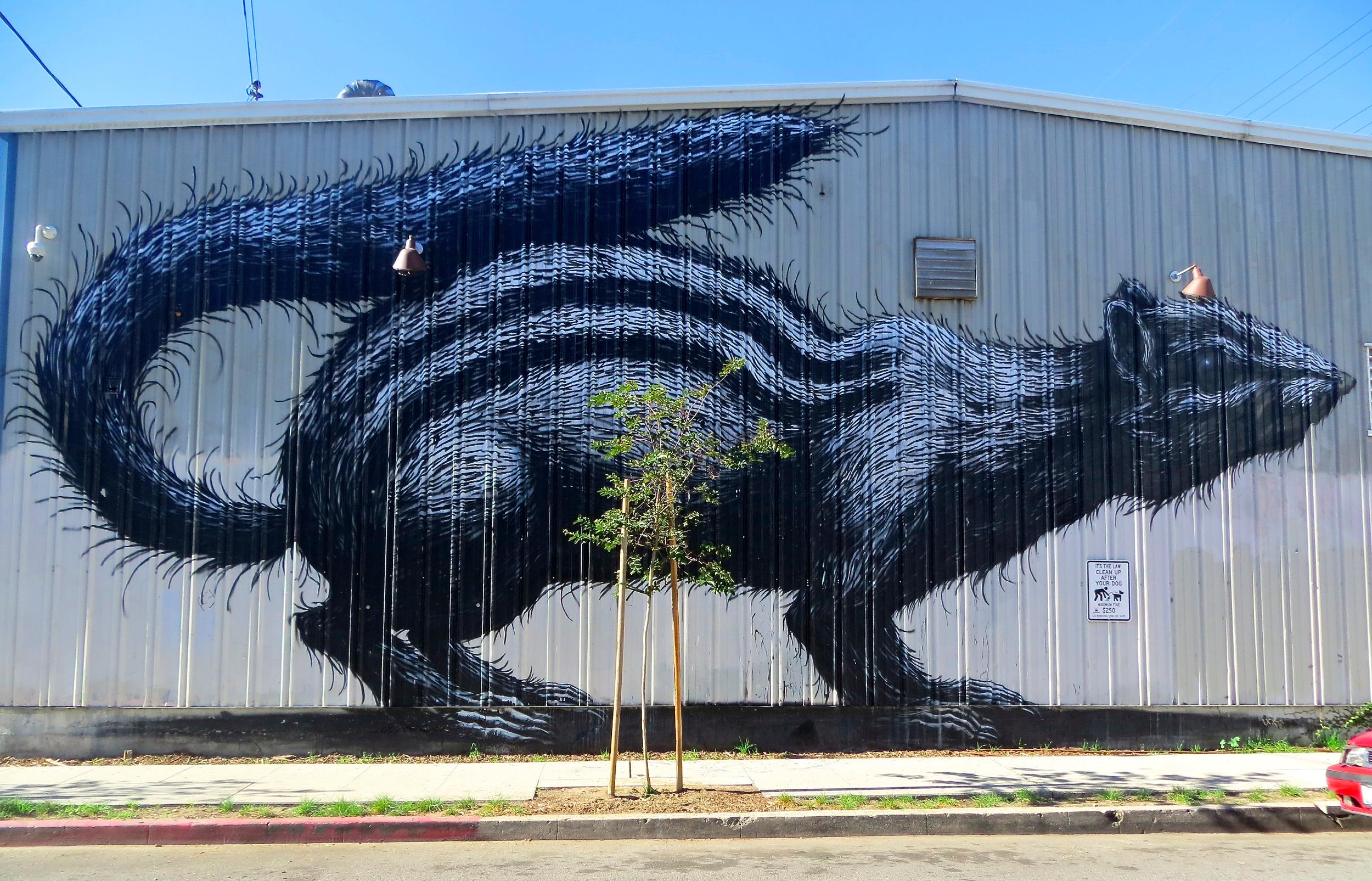 One of the countless urban works of art in the Arts District; Photo Credit: Cindy Schwartzstein