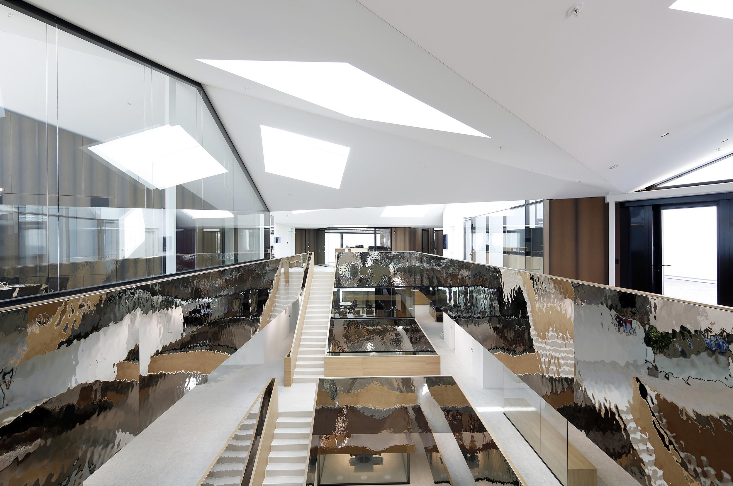 BELDVEDERE / Atrium View 10.2014