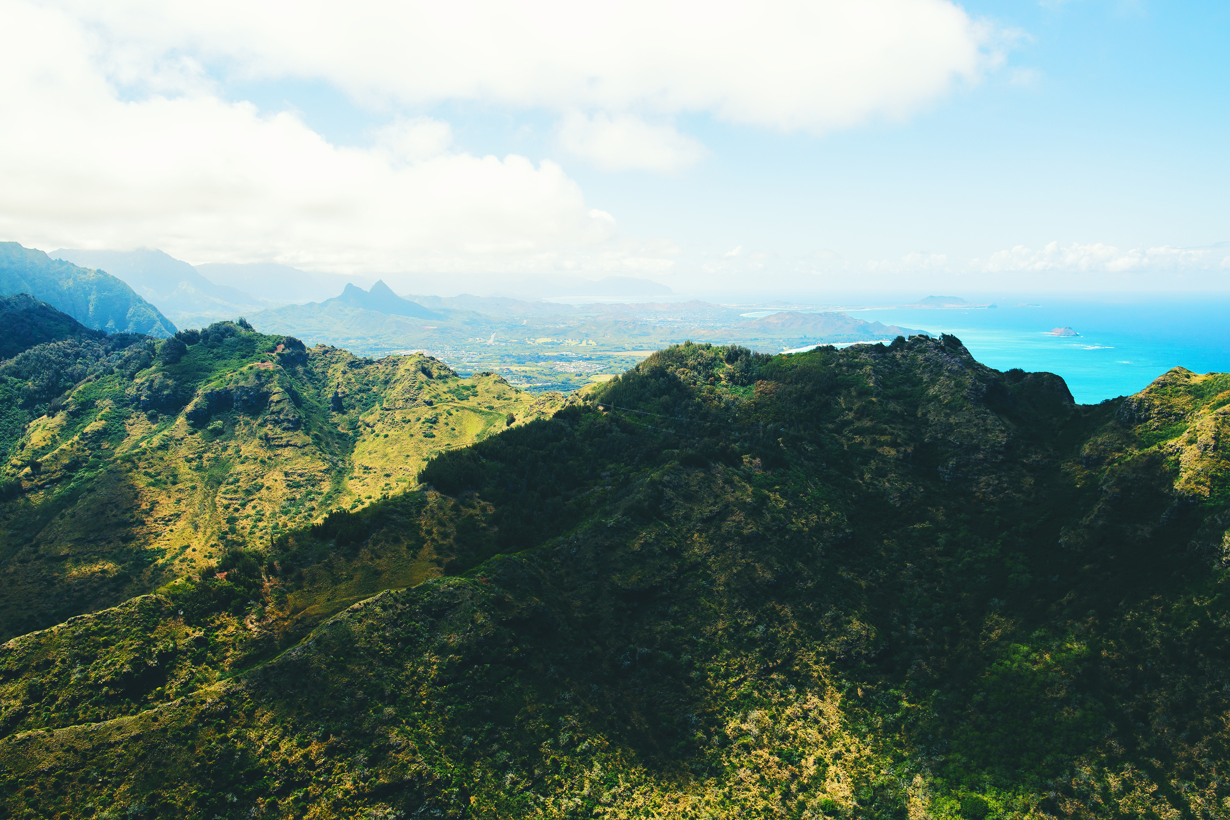 JLRoyal_MakaniKaiHelicopers_OahuOnAir7.jpg