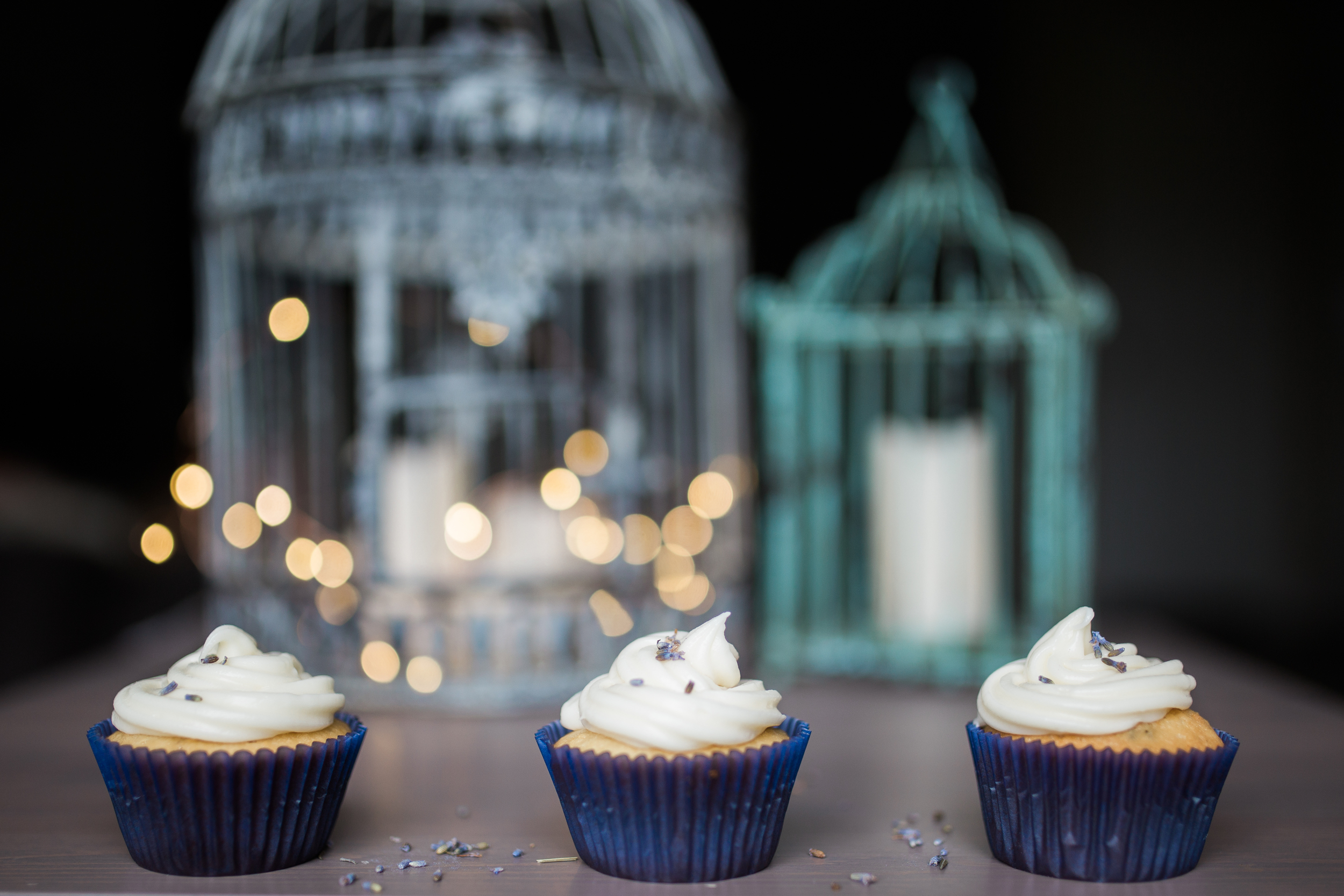 Cupcakes + Birdcages
