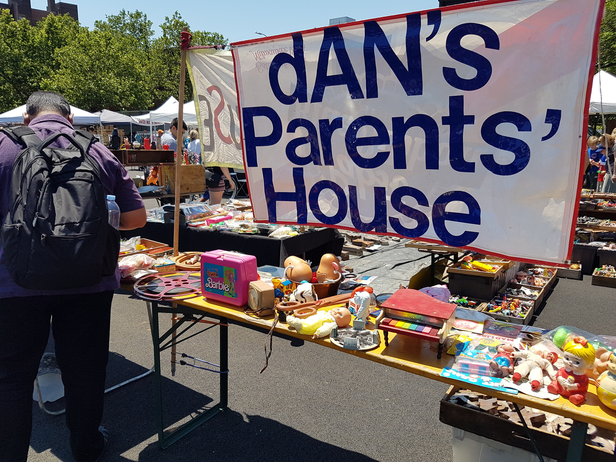 Dan's Parents' House is situated near the centre of the market and gets a lot of attention from weekend shoppers. (Photo credit: Jane Adey)