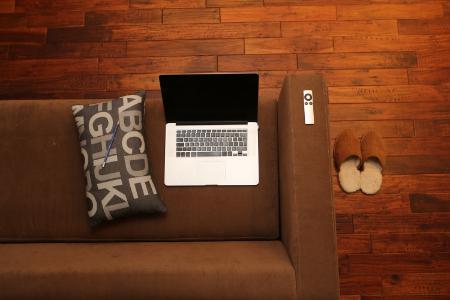 mac_on_sofa.jpg
