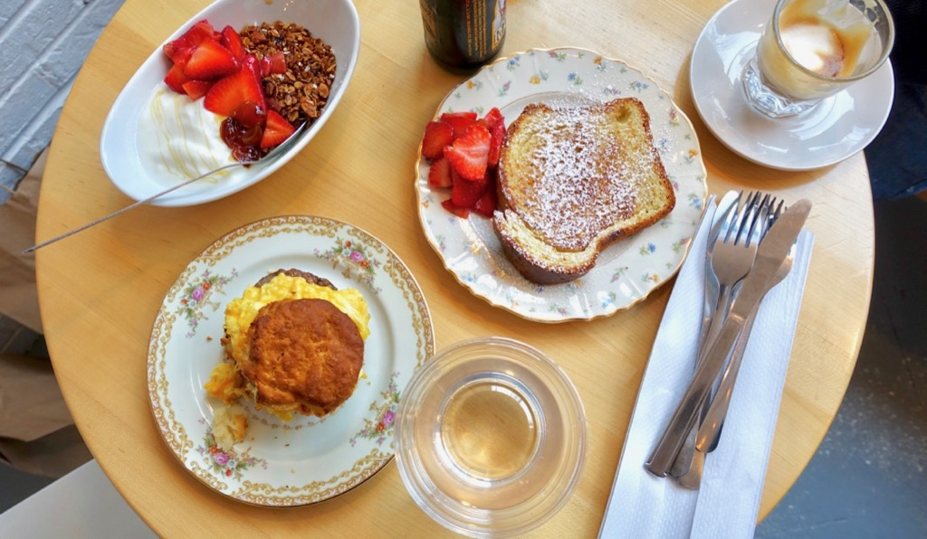 https://www.atlantamagazine.com/dining-news/sarah-dodge-is-baking-again-and-theres-breakfast-too/