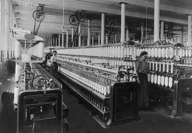 Women working in a textile factory, 1910, Library of Congress, LC-USZ62-59520