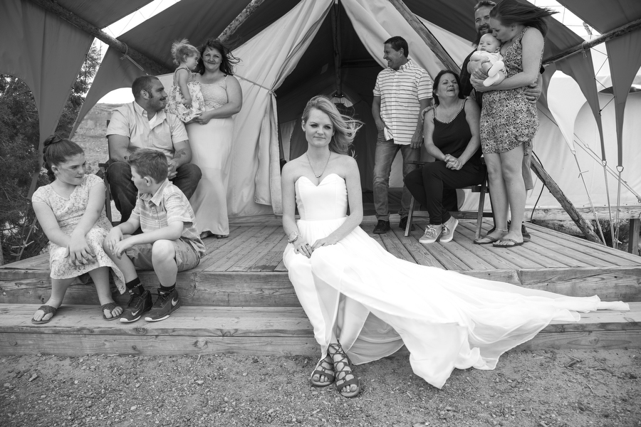 MARIACORONAPHOTOGRAPHY_MOAB_WEDDING_035.JPG