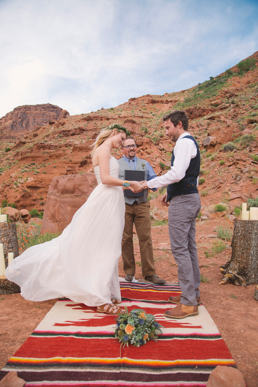 MARIACORONAPHOTOGRAPHY_MOAB_WEDDING_101.JPG