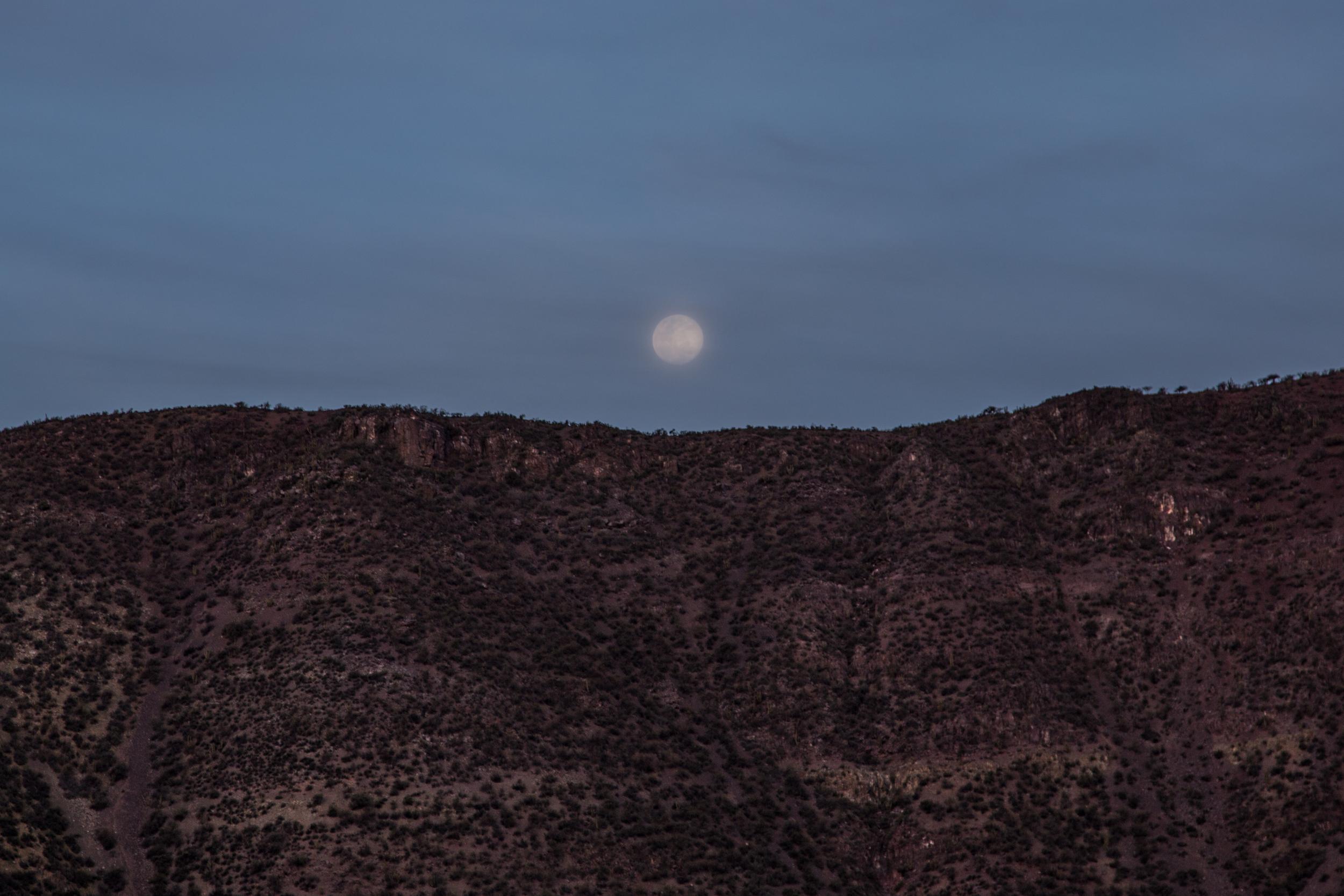 Full moon near Petorca.