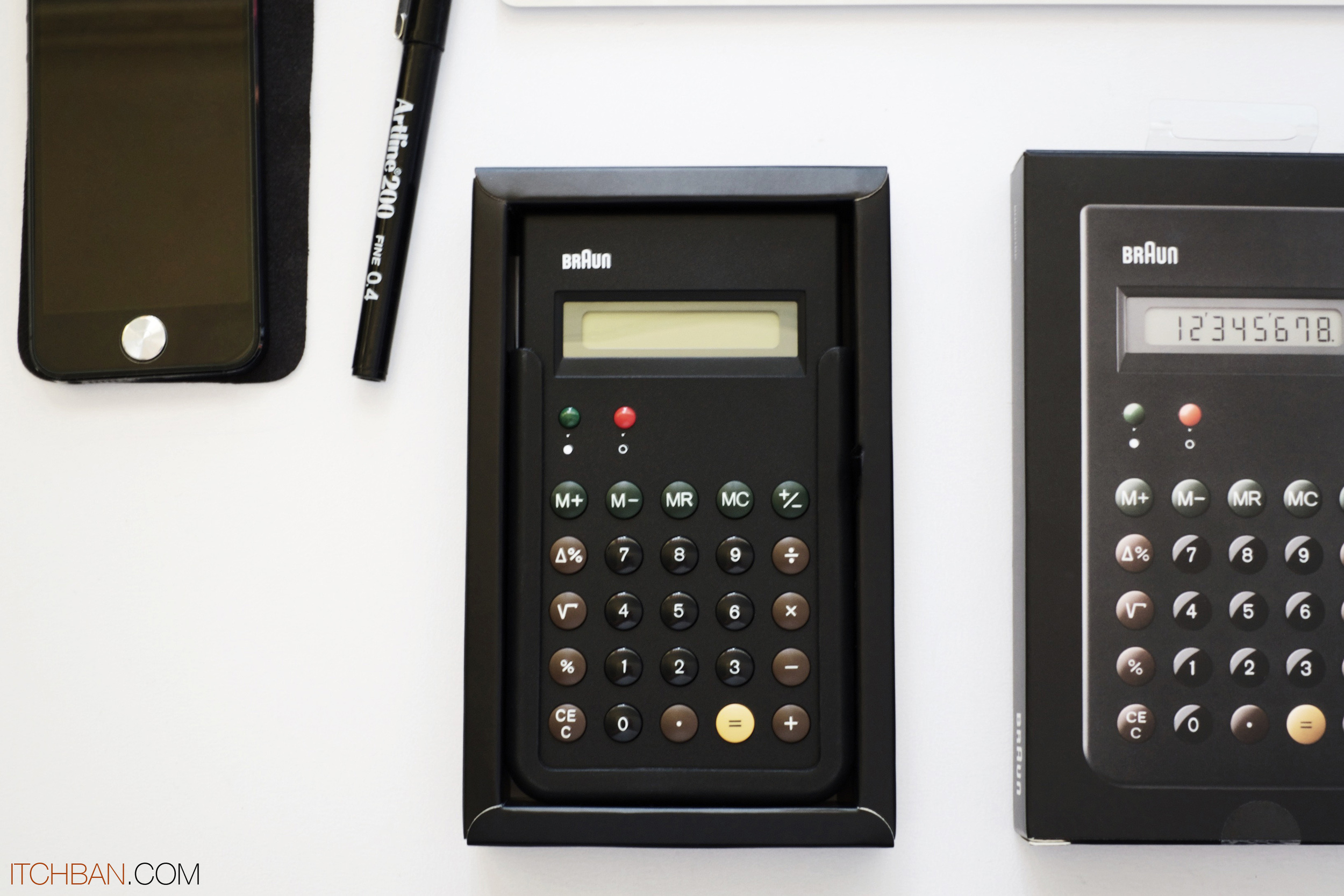 Braun ET66 Calculator Black 03.jpg
