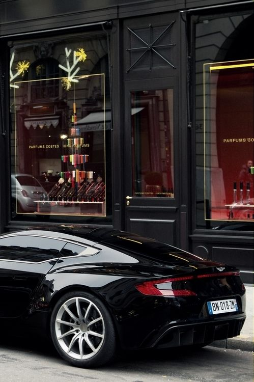 Aston Martin One 77 Jet Black